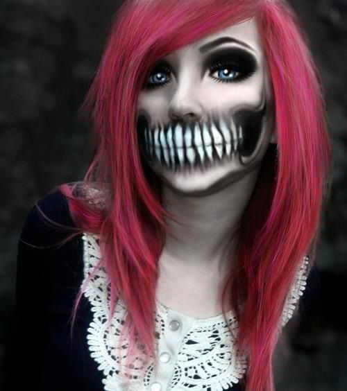 Skeleton-Mouth-Halloween-Makeup