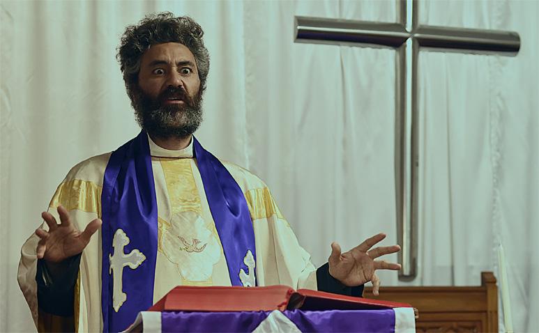 taika-w-priest